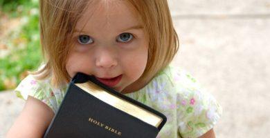 Nombres bíblicos femeninos: las 70 sugerencias más hermosas