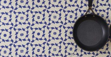 Renovar el medio ambiente con adhesivos para azulejos