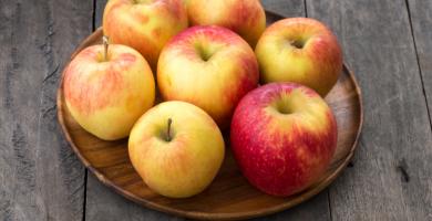 Dieta de la manzana: que propone y por que no se recomienda
