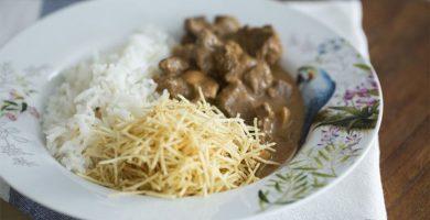 25 recetas variadas de stroganoff para un almuerzo práctico y sabroso