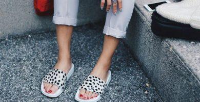 Pantuflas: los zapatos del momento que prometen estilo y comodidad