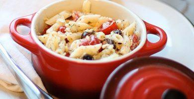 38 recetas de ensalada de pasta perfectas para servir en los días calurosos