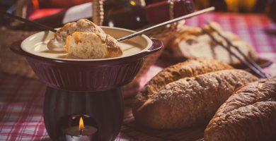29 recetas de fondue para calentar noches frías
