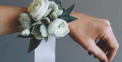 Ramillete para damas de honor: un toque extra de delicadeza para tu boda