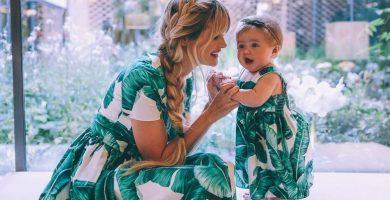 Como madre, como hija: 35 looks de madre e hija vestidas igual para inspirarse