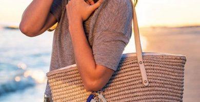 Bolso de playa: un complemento indispensable para los looks veraniegos