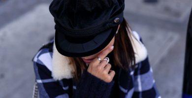 Boina de mujer: cómo llevar este elegante accesorio