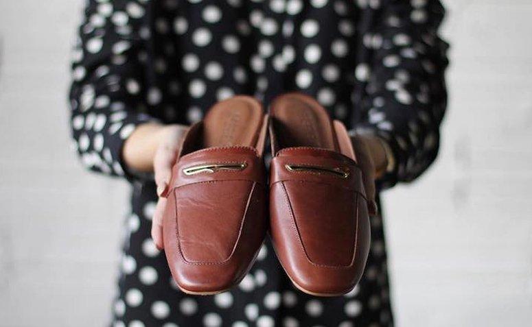 Mule Shoe: aprende a incluirlo en un look lleno de actitud