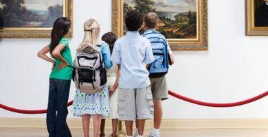 Anime a su hijo a interesarse por las actividades culturales